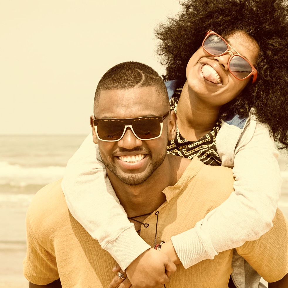 black_couple_travel_vacation